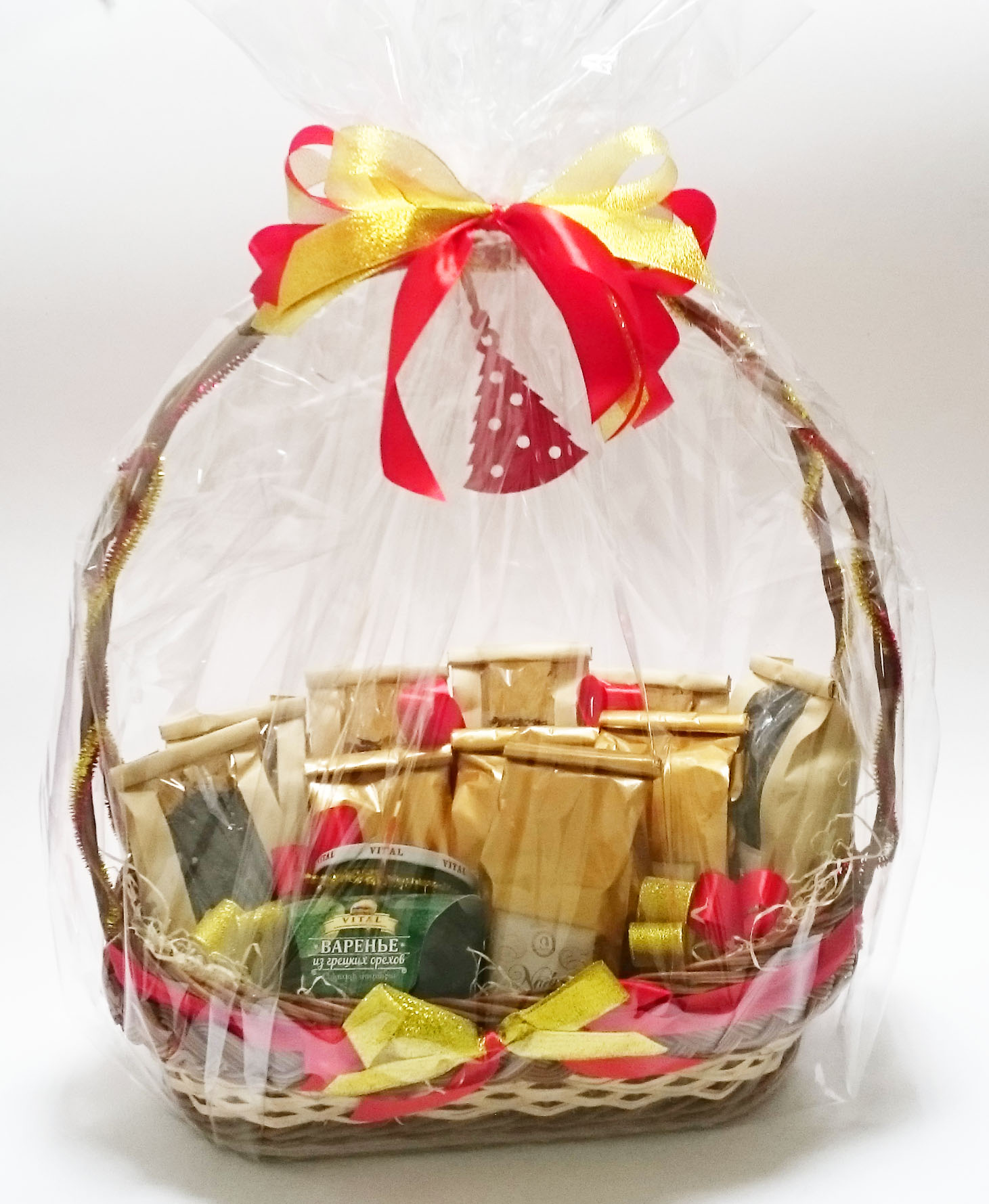 Подарки в корзинках с чаем 22